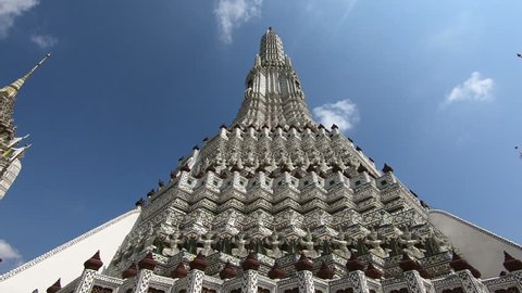 Patterns and characteristics of Wat Arun in Bangkok, Thailand