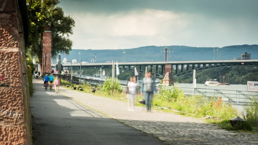 Beautiful timelapse about a way on the rhine in Mainz