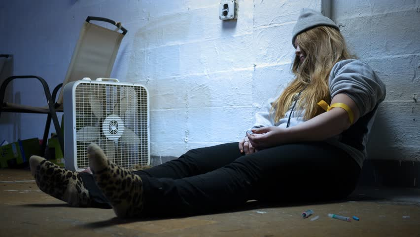 Dead woman in a trap house after a drug overdose ALT
