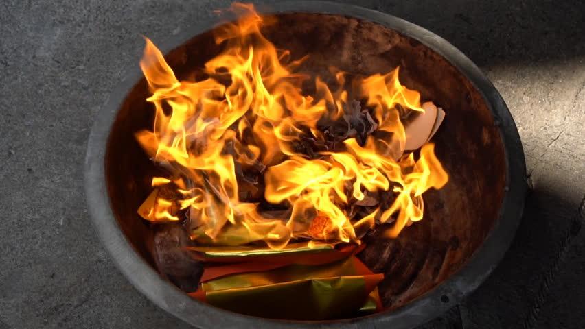 Burning joss paper for worship