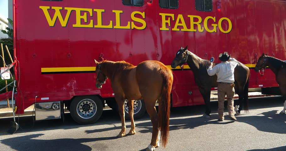 Los Angeles California Usa June 10 2018 Wells Fargo Bank Horses