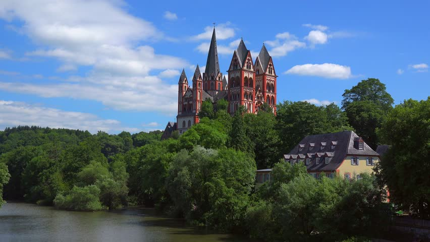 Lahn River and Cathedral of Limburg, Limburg an der Lahn, Westerwald, Hesse, Germany, Europe