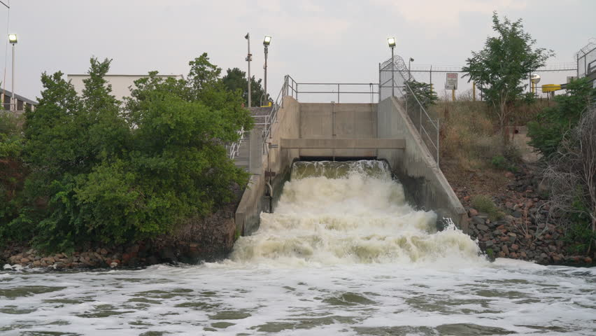 one of big sewage effluent from Denver metro wastewater treatment facility into the South Platte River in Colorado