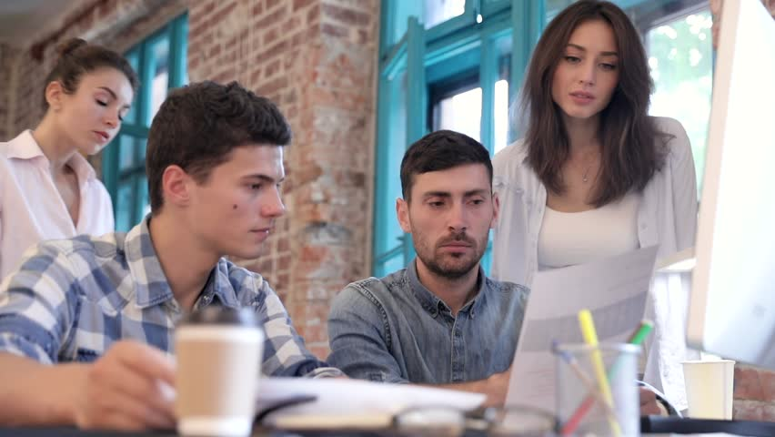 Start up Company Ideas Creating by Young Team. Casual Dressed Collegues Having Meeting. Discussing Business Strategy. Working in Friendly Atmosphere. IT-Team. Hardworking Employees. #1014692006