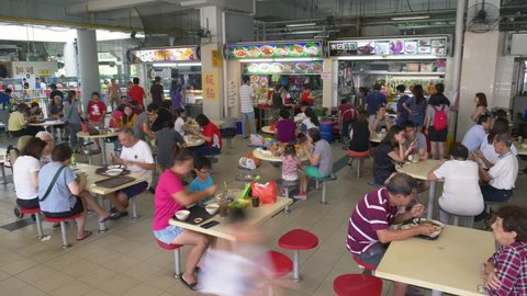 Lorong Ah Soo/Singapore - 19th Aug 2018: Time Lapse Of Busy Crowds At A Hawker Food Centre In Singapore