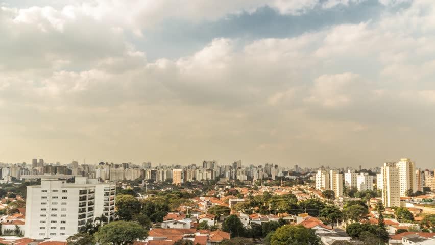 Time Lapse - São Paulo - Paisagem Urbana dos bairros Campo Belo e Moema / Urban Cityscape of the Campo Belo and Moema neighborhoods.