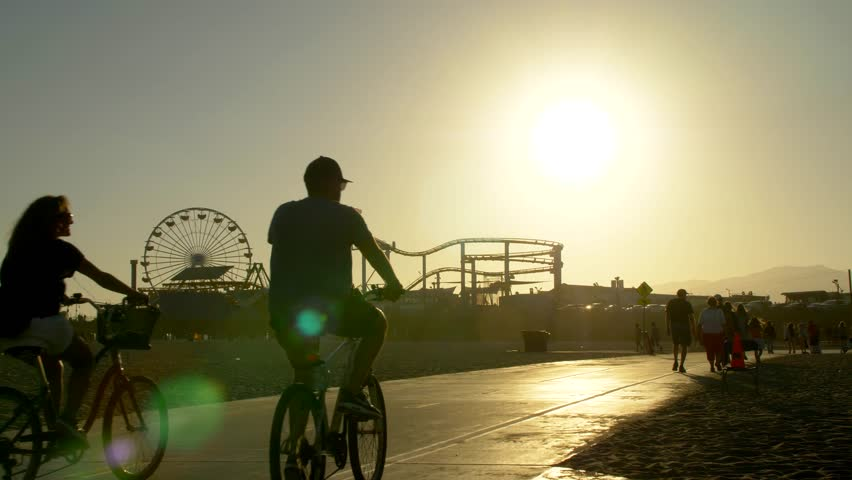 Los Angeles, CA / USA - July 13, 2017: Bike Path in front of the Santa Monica Pier #1027880606