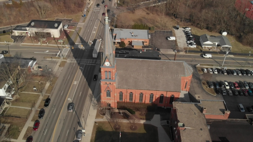Delaware, Ohio Church parallax with sky pull reveal | Shutterstock HD Video #1030602356