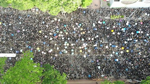 2 million protesters stand out to oppose a controversial extradition bill which may include china, June 16 2019