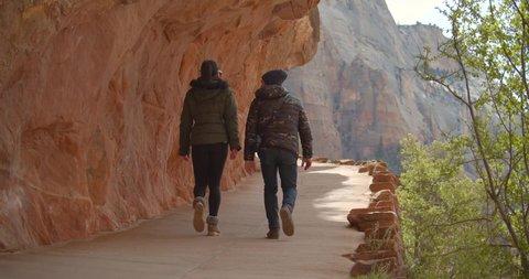 Couple Hike Zion National Park, Hiking Canyon