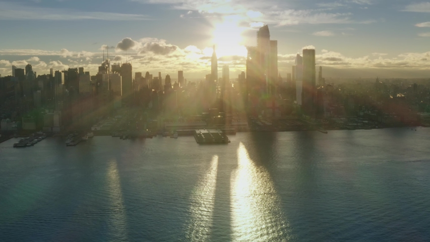 Aerial View Sunrise at New York City and sunflares 4k Midtown Sunrise series | Shutterstock HD Video #1033933586