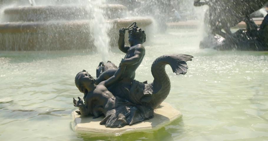Kansas City, Missouri / USA - June 13, 2019: Details of Famous Kansas City Nichols Memorial Fountain, Closeup 4K