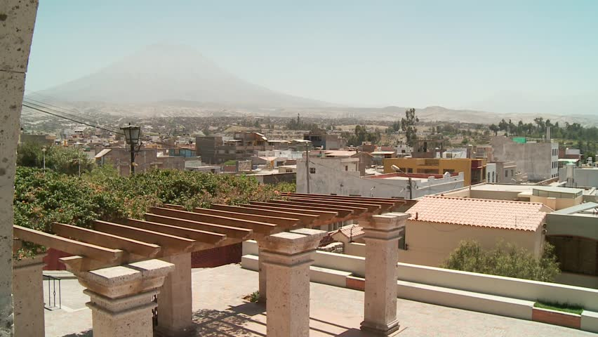 Video footage of the city of Arequipa, Peru with the volcan Misti in the background