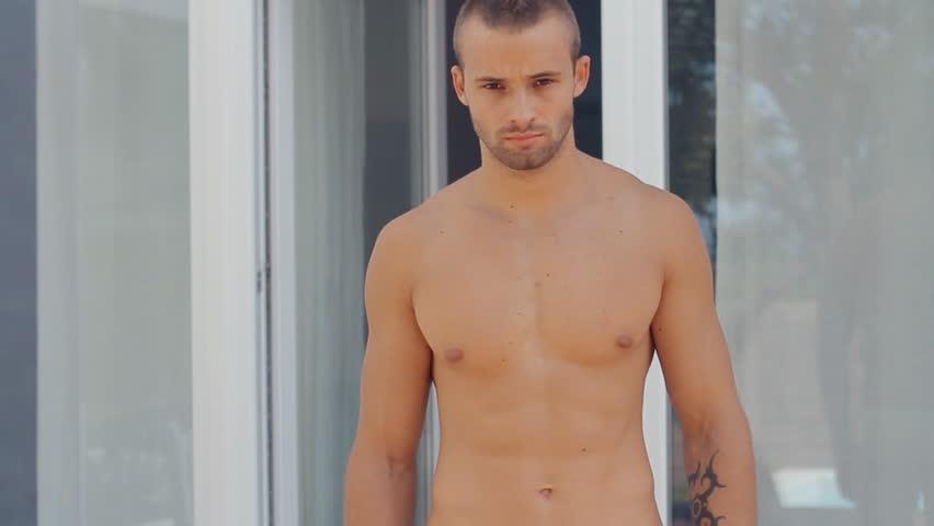 JSO: Naked, drugged man ransacks model home, pees in