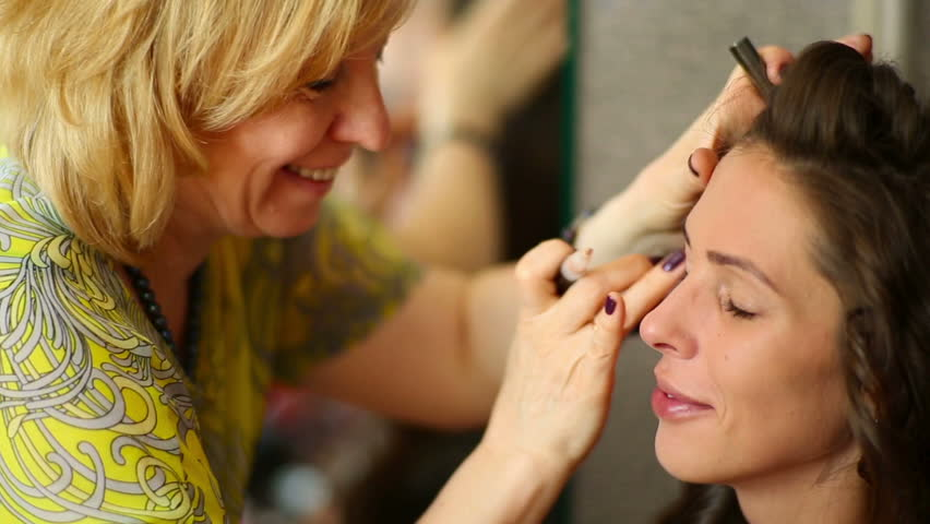 Makeup Artist Apply the Cream Stock Footage Video (100% Royalty-free)  10817156 | Shutterstock