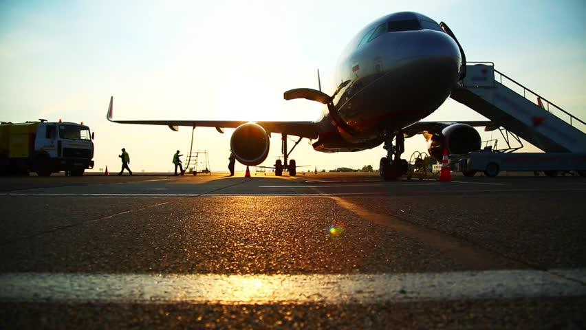 Refueling aircraft