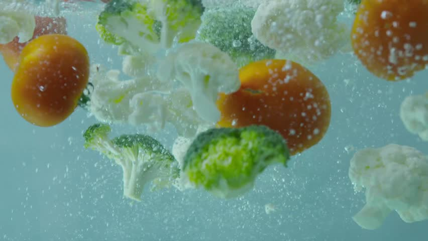 Vegetables / Water/ SONY FS 7