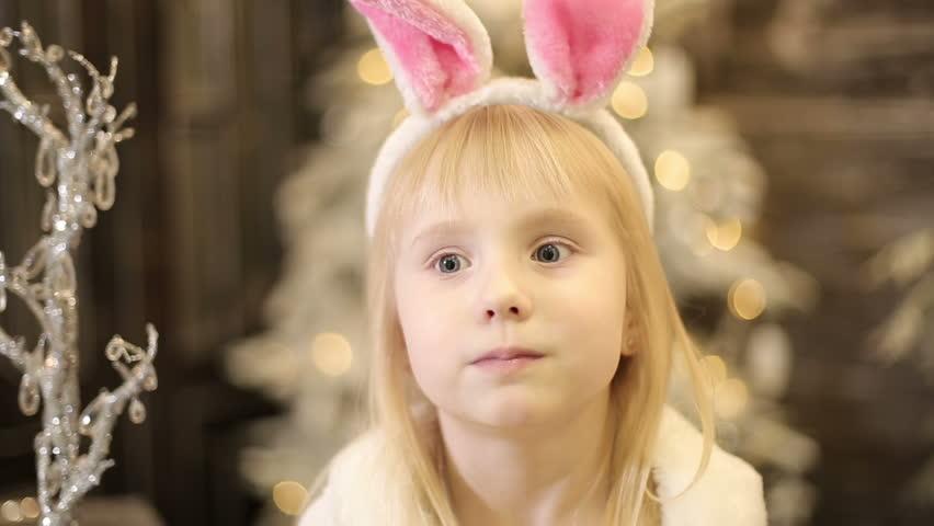 Small girl hd latin