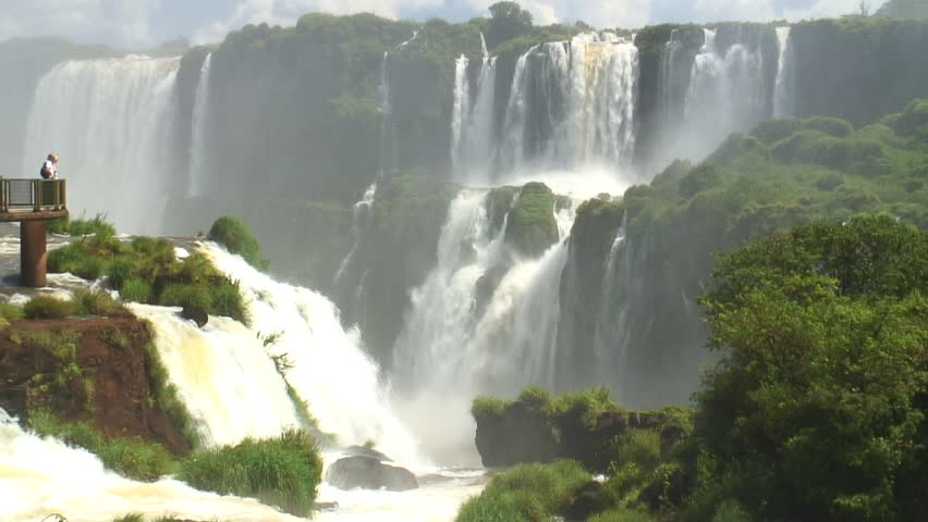 HD 1080i: Visitor point and part of the Iguazu falls from the brazilian side. Tripod.