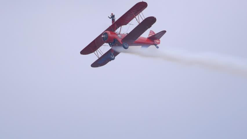 Stunt Biplane Plane v.1-3
