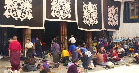 Oct 12,2015:4k Pilgrams Praying In Front Of The Jokhang Temple In Lhasa,Tibet. gh2_09603_4k