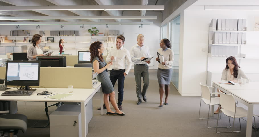 Embarrassed Businessman Walking Into Office Naked Diverse People Looking With Shock -8428