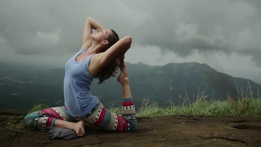 hd sexy hindi girls yoga pants