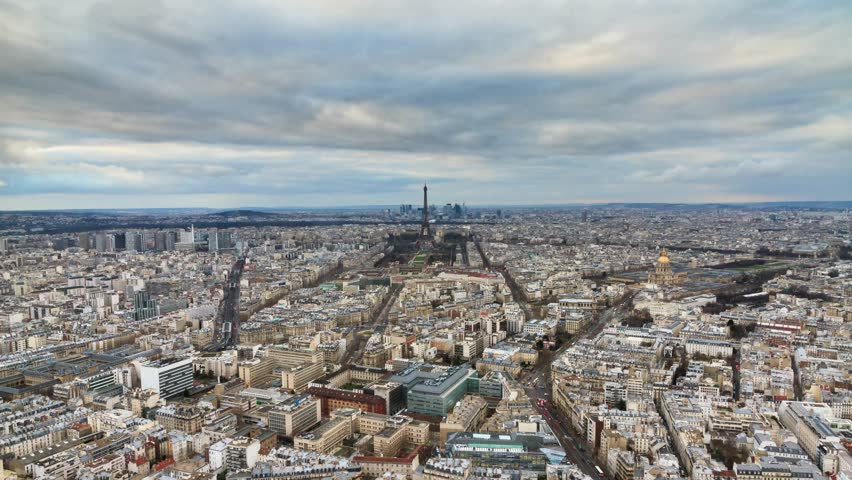 Beautiful 4K UHD timelapse of Paris, France, seen from the Montparnasse tower at sunset