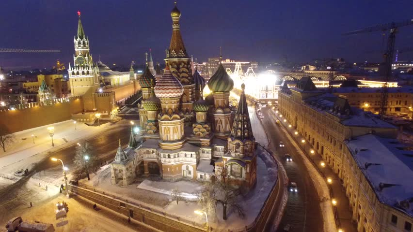 Fast approach to St. Basil's Cathedral and Red square, Beautiful frozen WINTER Moscow city cowered in snow and ice, Aerial FPV Drone Flights, UltraHD 4K