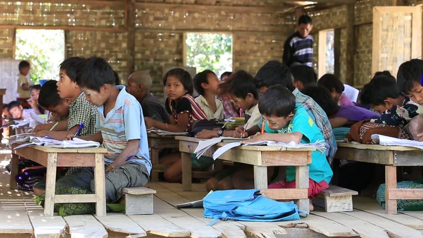 Mrauk U Myanmar January 27 2016 Unidentified Burmese S And Boys