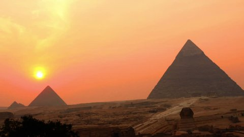 Zoon Out - Time Lapse of Sunset - The Great Pyramids of Giza - Egypt