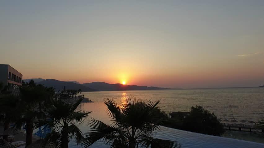 Infinity Pool Sunset Bodrum Torba koyu günbat?m? resort hotel sunset