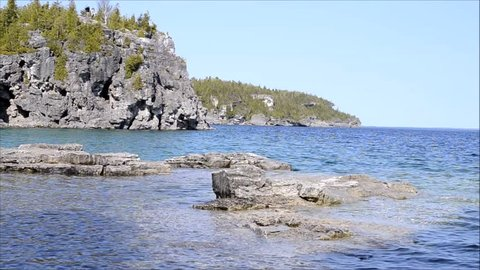 bruce peninsula national park blue water