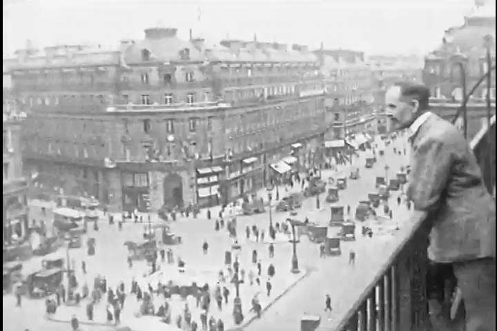 Scenes of boulevards, l\xCDAvenue de l\xCDOp_ra, and the Palais Garnier, Paris, France, 1919. (1910s)