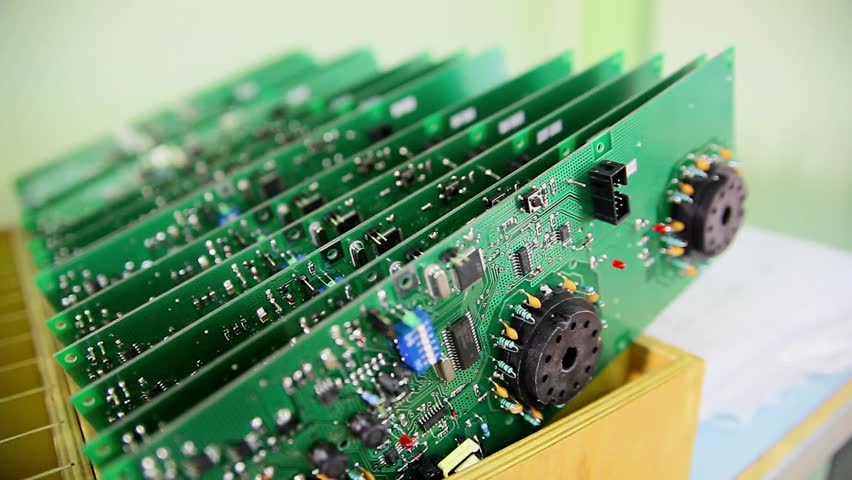 Electronics for mass spectrometers