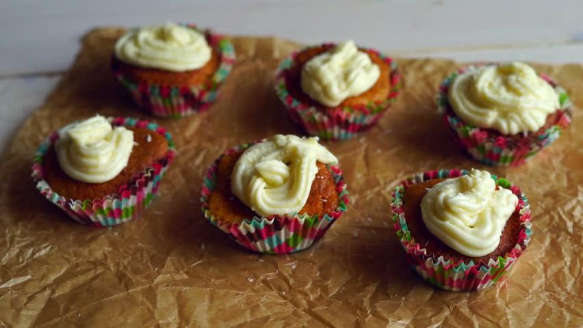 Cream For Baking Cakes