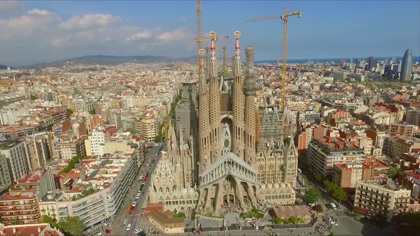 La sagrada familia stock footage video shutterstock for Kathedrale barcelona gaudi