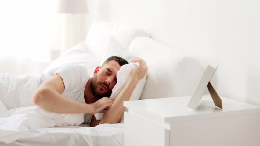 activity of living sleep and rest Sleep was once considered an inactive, or passive, state in which both the body and the brain turned off to rest and recuperate from the day's waking activities scientists have since found that the brain goes through characteristic patterns of activity throughout each period of sleep, and that it.