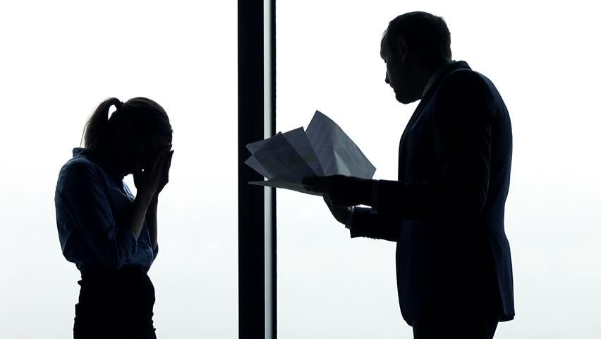 7 Cara Mengatasi Toxic Boss yang Menyebalkan