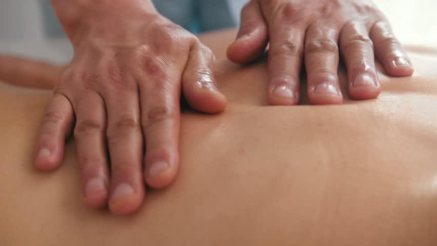 Клитор большой крупным планом массаж видео, групповой секс в домашней обстановке онлайн