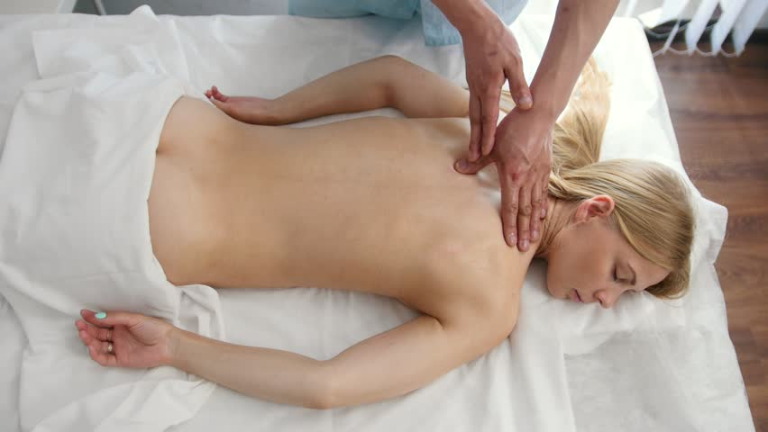 Medical Massage For Beauty Blonde Videos De Stock 100 Libres De Droit 28941976 Shutterstock