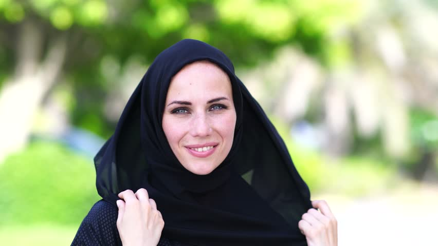 waltonville single muslim girls Muslim dating 'guru' thanna alghabban has been called a 'whore and a hoe' for giving women relationship advice thanna makes videos for instagram and youtube for muslim women about dating.