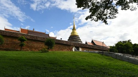 Timelapse- Wat Phra That Lampang Luang (Temple of Lampangs Great Buddha Relic) is located in Lampang Province.