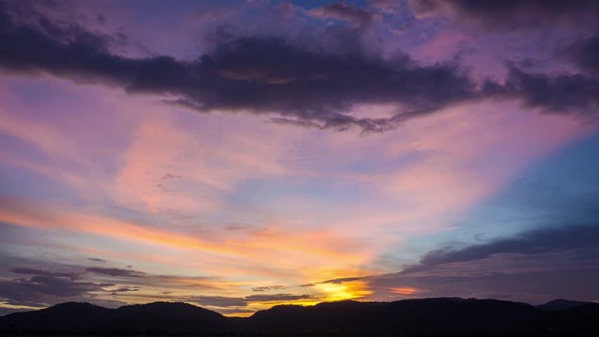 beautiful sunset/sunrises sky.4k time-lapse