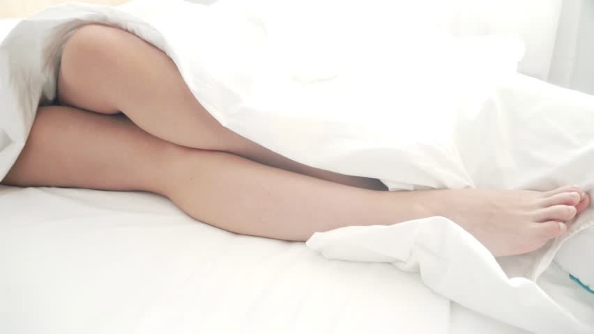 Head xxx sexy naked chick sleeping angel the pale