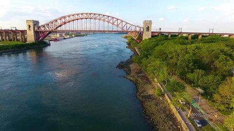 Hell Gate Bridge 06 - Aerial