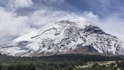 popocatepetl volcano Mexico