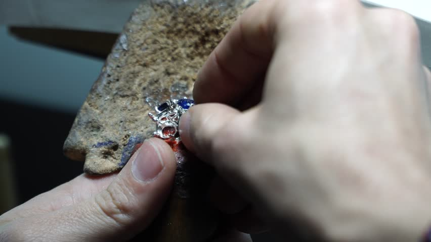 Jeweler work with gold  | Shutterstock HD Video #32974960