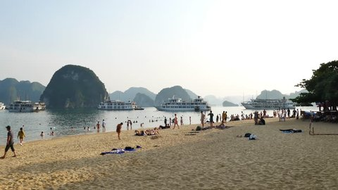 Halong Bay November 22 2017 Tourists Can Seen Swimming And Exploring Around The
