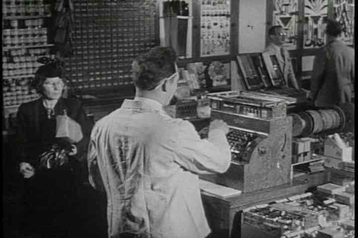 1940s - The Federal Reserve Bank is explained in this educational film about banking in 1947.